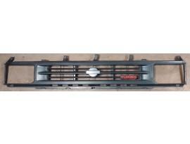 Calandre Nissan Terrano 1